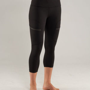 Lululemon Run Your Heart Out Crops
